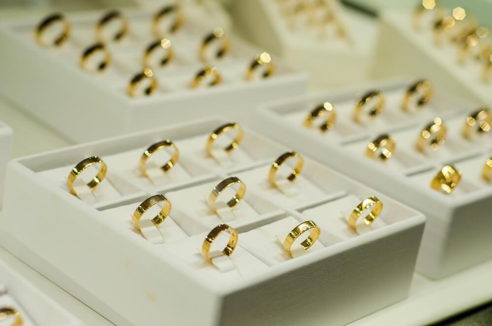 Do Pandora Sell Diamond Rings